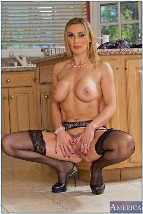 Fit Blonde Milf Is Getting Nailed Photos Tanya Tate Bill