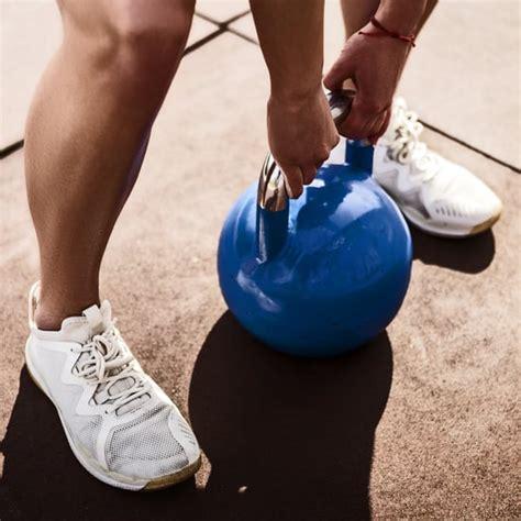 kettlebells popsugar kettlebell should weight fitness latest explains trainer choose right