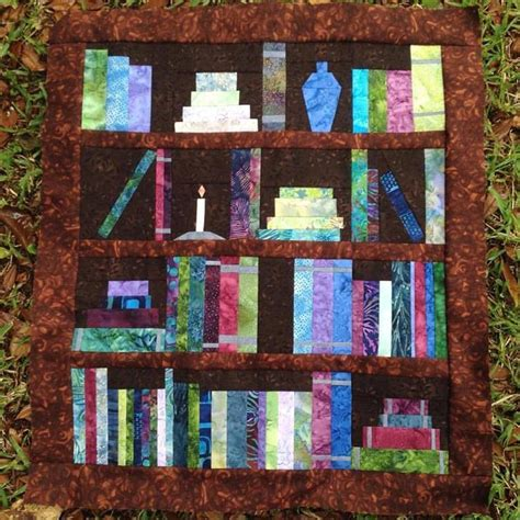 bookshelf quilt pattern bookshelf quilt paper piecing pattern craftsy