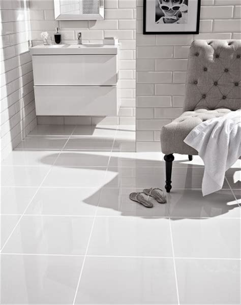 Pure White Tile   Topps Tiles