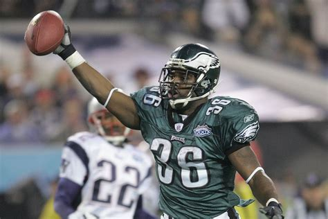brian westbrook named pro football hall  fame