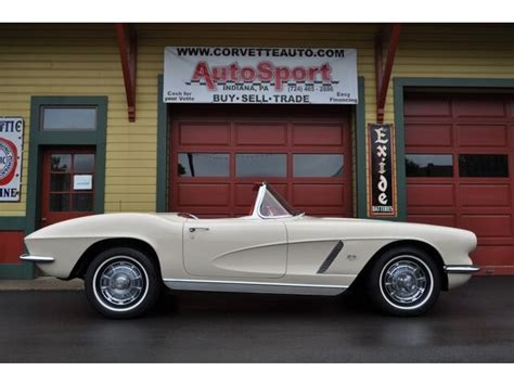 almond beige red corvette  matching hp