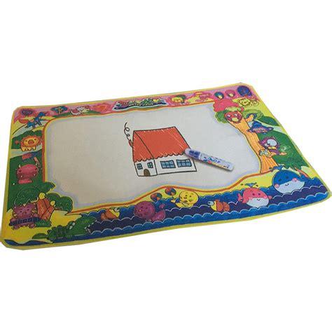 tapis pour dessiner a l eau tapis magique de dessin avec feutre 224 l eau 2 mod 232 les disponibles