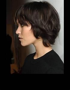 Coupe De Cheveux Femme Visage Rond Cheveux Epais : 20 coiffures cool et faciles vivre pour les cheveux ~ Nature-et-papiers.com Idées de Décoration