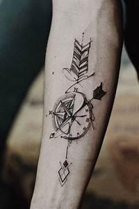 Dessin Fleche Tatouage : 1001 mod les de tatouage homme uniques et inspirants dessin boussole beaux tatouages et fl che ~ Melissatoandfro.com Idées de Décoration