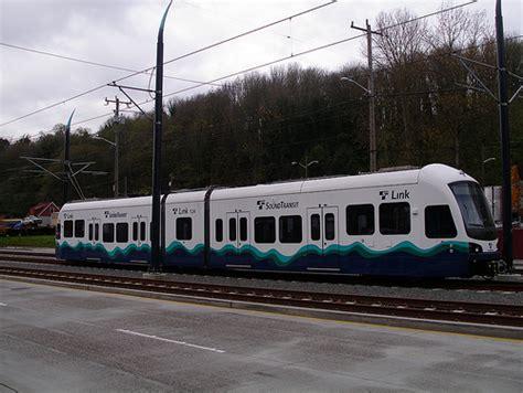 seattle link light rail a two unit link light rail seattle flickr