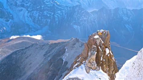 Ama Dablam 2014 Archives - Madison Mountaineering