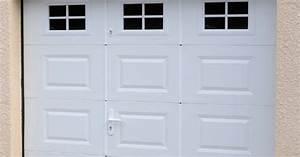 les portes sectionnelles a ouverture plafond dauphine stores With porte de garage sectionnelle avec porte fenetre pvc oscillo battant