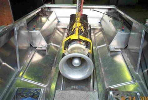 Model Boat Jet Engine by Turbine Jet Boat Hacked Gadgets Diy Tech