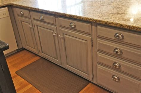 how to install kitchen cabinet 115 best images about kitchen on faux granite 7261