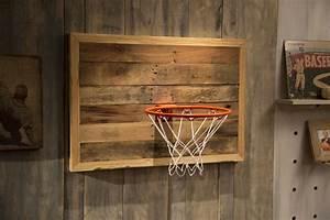 Ana White Reclaimed Pallet Wood Basketball Hoop - DIY