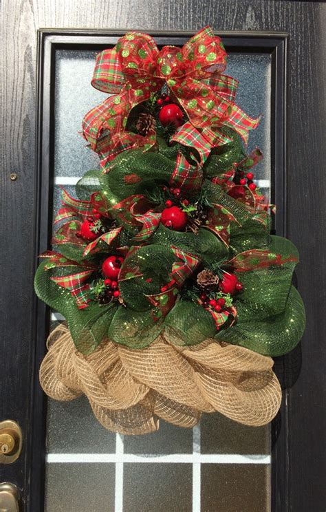 how to add mesh garland christmas tree 30 gasp worthy wreaths lydi out loud