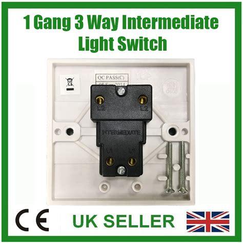 white 1 gang 3 way intermediate mains wall light l