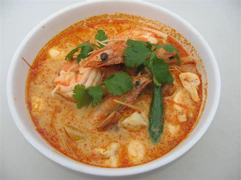 cuisine yum yum tom yum soup explore food