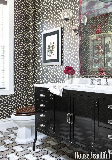 Animal Print Wallpaper For Room - best 25 leopard bathroom decor ideas on