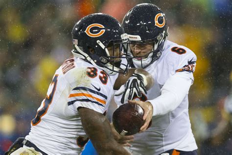 bears  packers  final score chicago holds