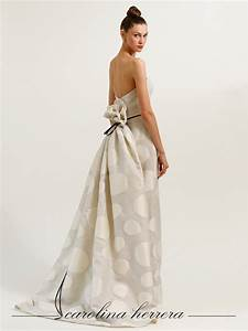 ivory polka dot carolina herrera wedding dress onewedcom With carolina herrera wedding dress