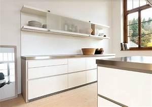 Hängeschrank Ikea Küche : k chen h ngeschrank b1 bulthaup mit schiebet re white living pinterest h ngeschrank k che ~ Markanthonyermac.com Haus und Dekorationen