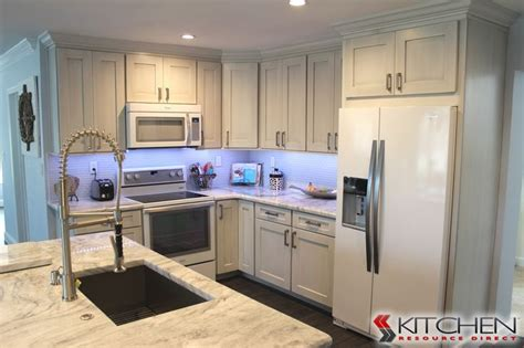 discontinued kitchen sinks 12 best kitchen sinks faucets images on 3347