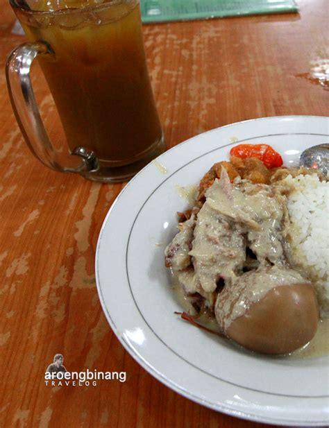 Rm adem ayem's ayam goreng kalasan is mind blowing good!! aroengbinang