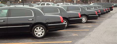 Airport Limo Rates by Airport Limo Flat Rate Service Available In Toronto