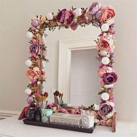 Decorating Ideas Around A Mirror by 20 Creative Paper Flower Diy Projects For Your Home Decoration