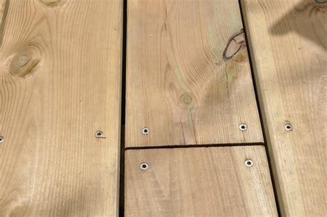 vis terrasse bois resineux inox