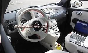 Fiat 500 Interieur : spyshot fiat 500e la 500 lectrique en pr paration ~ Gottalentnigeria.com Avis de Voitures
