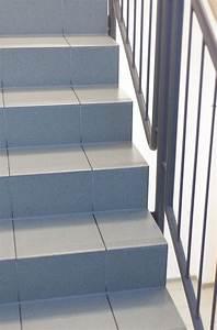 Haftgrund Für Fliesen : treppe fliesen ~ Sanjose-hotels-ca.com Haus und Dekorationen
