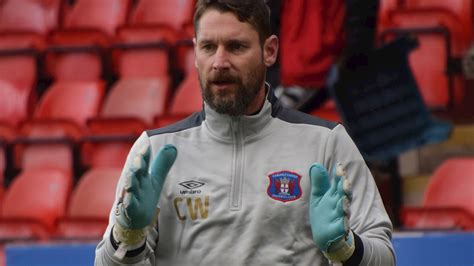 CONTRACT: Keeper coach extends stay with United - News ...