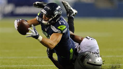 nfl cuts seahawks final  man roster   field gulls