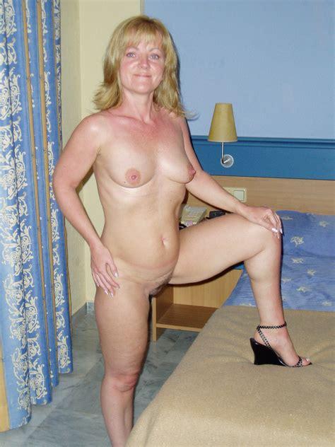 Mature Amateur Porn Image 19739