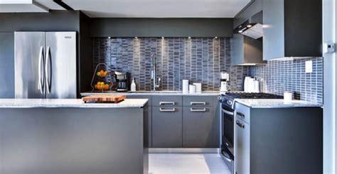 revetement mural cuisine rev 234 tement mural pour une cuisine lequel choisir
