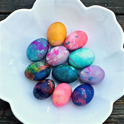 color easter eggs how to color eggs for easter with