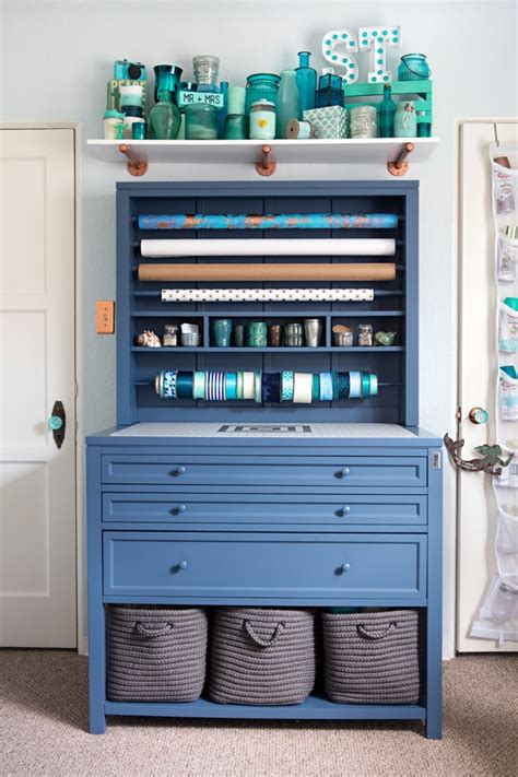 Check Out Jen From Something Turquoise's New Craft Room