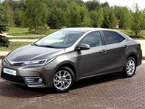 toyota corolla altis facelift launched price