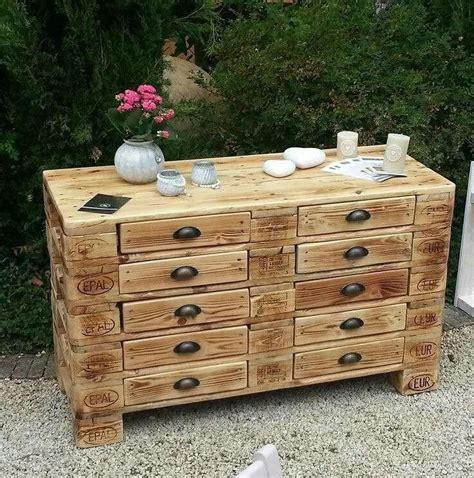 Tisch Aus Holzpaletten by ᐅ Palettentische Bauen Kaufen Tische Aus Paletten