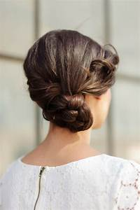 Chignon Demoiselle D Honneur Mariage : choisissez la coiffure demoiselle d honneur parfaite parmi une longue liste de propositions ~ Melissatoandfro.com Idées de Décoration