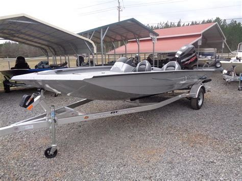 Xpress X19 Bass Boat by 2016 New Xpress Boats Xclusive Series X19 Bass Boat For
