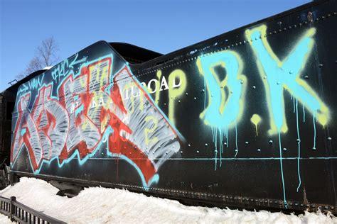 Graffiti Vandal : Suspect In Anchorage Locomotive Graffiti Vandalism Is In