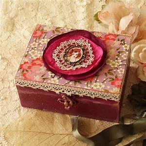 Boite A Bijoux Design : la bo te bijoux en bois 43 photos de belles boites en bois ~ Melissatoandfro.com Idées de Décoration