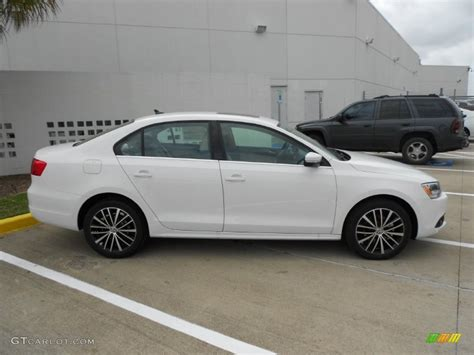 2012 Volkswagen Jetta Sel by White 2012 Volkswagen Jetta Sel Sedan Exterior Photo
