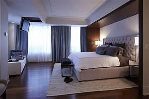 St Lawrence Market Condo - Master Bedroom - Modern