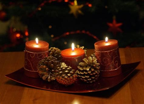 diy christmas candle centerpieces  ideas   table