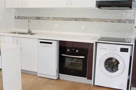 machine a laver dans la cuisine lave linge dans cuisine homeezy