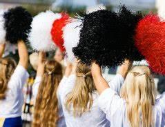 Cheerleader Pompons Basteln : cheerleader pom pom f r fasching selbst basteln so geht 39 s schnell und einfach ~ Orissabook.com Haus und Dekorationen