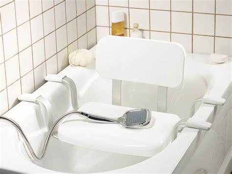 siège pour baignoire handicapé siège pour baignoire comment bien le choisir coût matériaux pratique fr