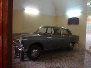 Garage Peugeot Versailles : t h e w i l d w i l d e a s t d a i l i e s bentleys ain 39 t squat in vietnam nomore ~ Gottalentnigeria.com Avis de Voitures