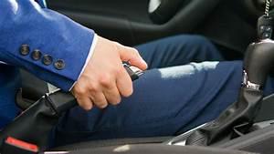 Car Handbrake Use
