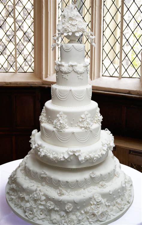 victorian wedding cakes hall  cakes